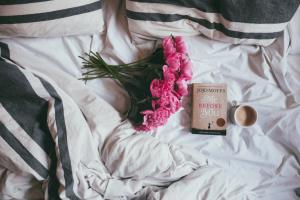 relaxing-in-bed