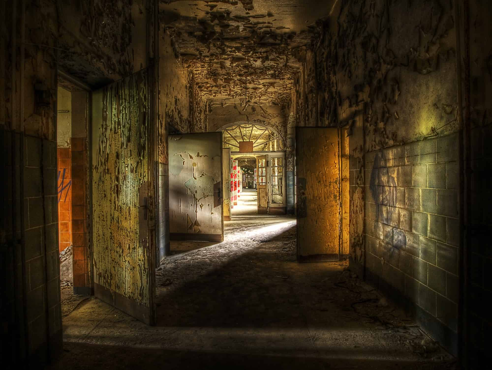 dark hallway depression and sobriety-min